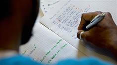 Unbegleitete Teenager seien viel schwieriger einzuschulen als Kinder in Flüchtlingsfamilien. (Symbolbild)
