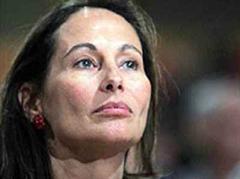 Ségolène Royal versucht mit François Bayrou ins Gespräch zu kommen.