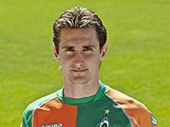 Torgarant Miroslav Klose bekommt einen neuen Sturmpartner.