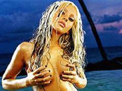 Christina Aguilera: Nackt ohne Mascara.