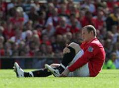 Wayne Rooney fällt verletzt aus.