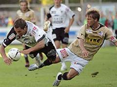 Aaraus Goran Antic gegen Luzerns Christophe Lambert.