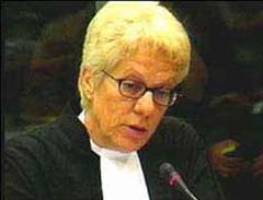 Carla del Ponte will die Kriegsverbrecher aus Ex-Jugoslawien vor den Kadi ziehen.