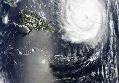 Hurrikan Frances erreicht Florida.