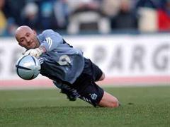 Fabien Barthez wird wohl zu Toulouse wechseln.
