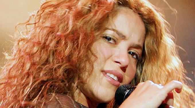 Shakira represäntiert die hispanischstämmige Minderheit in den USA.