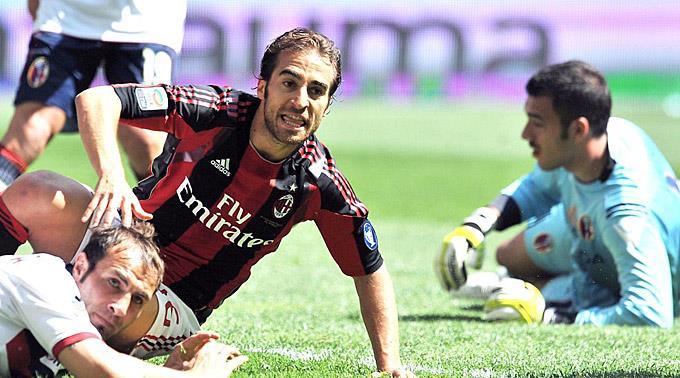 Mathieu Flamini erzielt das 1:0 für Milan.