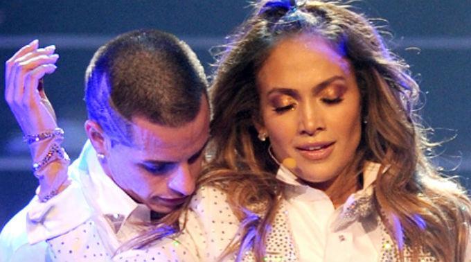 Jennifer Lopez, lässt nicht zu, dass die Gerüchte, er könnte schwul sein, seine Beziehung zu der Schönheit ins Wanken bringen.