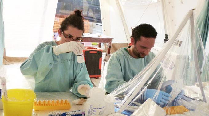 Hilfe im Kampf gegen den Ebola-Virus wird dringend benötigt.