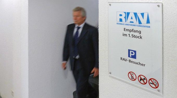 Das RAV registrierte im Februar 161'417 Arbeitslose.