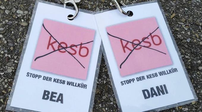Die Facebook-Gruppe «Stopp der KESB Willkür» kritisiert die Organiation.
