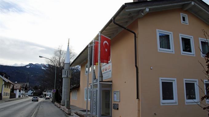 Moschee in Deutschland (Garmisch Partenkirchen): Wirklich der beste Ort für Integration, Herr de Maizière?